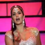 Katrina Kaif HQ Hot Stills from Zee Cine Awards 2013